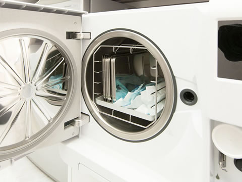 写真:滅菌処理機